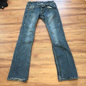 26 x 33 Cowgirl Tuff Jeans